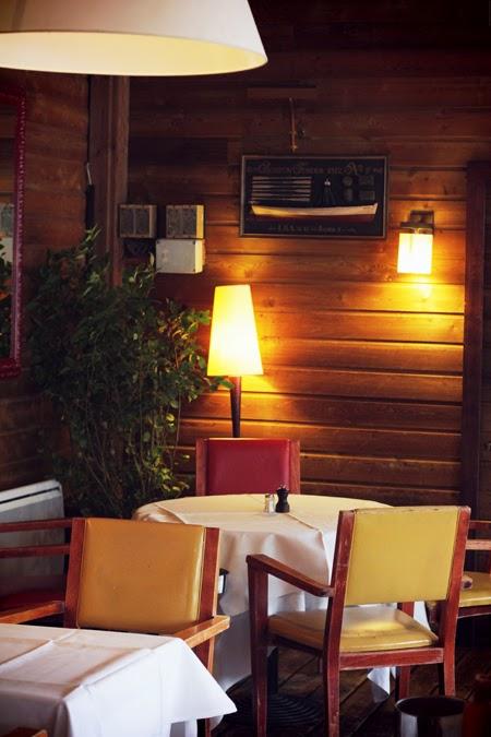 Restaurant Le Petit Poucet Ile De La Jatte
