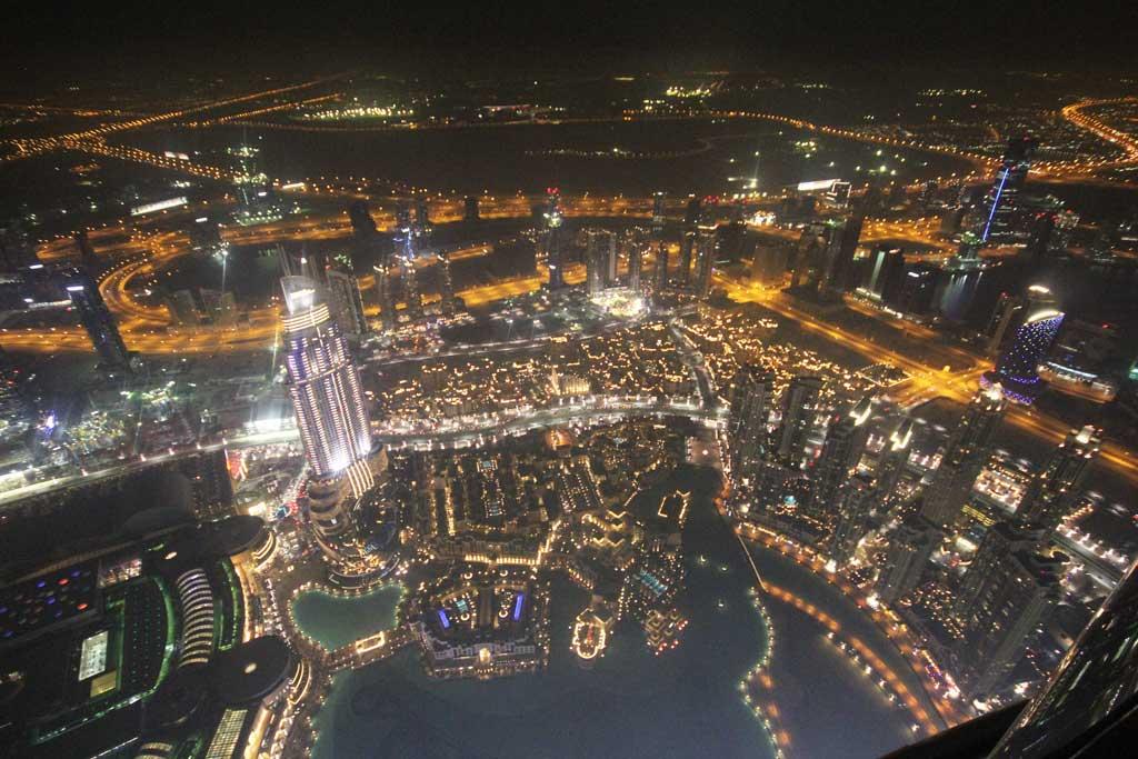 Burj-Khalifa-Dubai-02