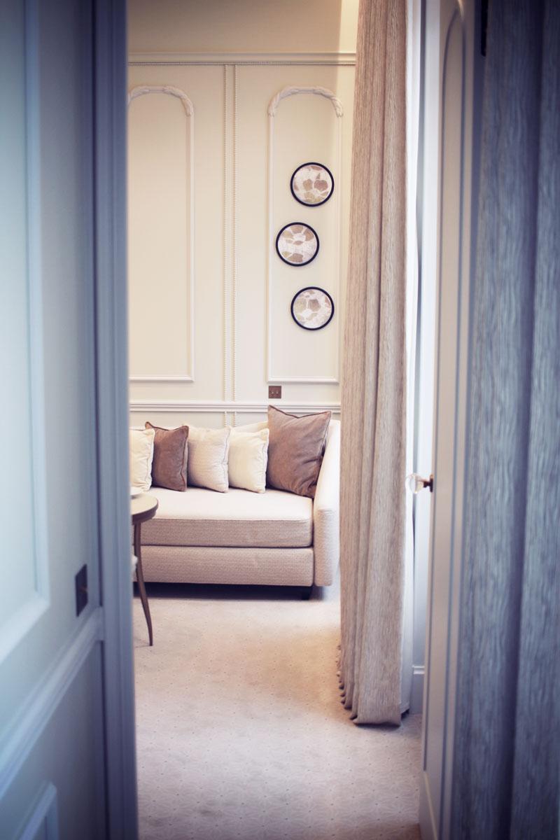 le-narcisse-blanc-hotel-paris-04