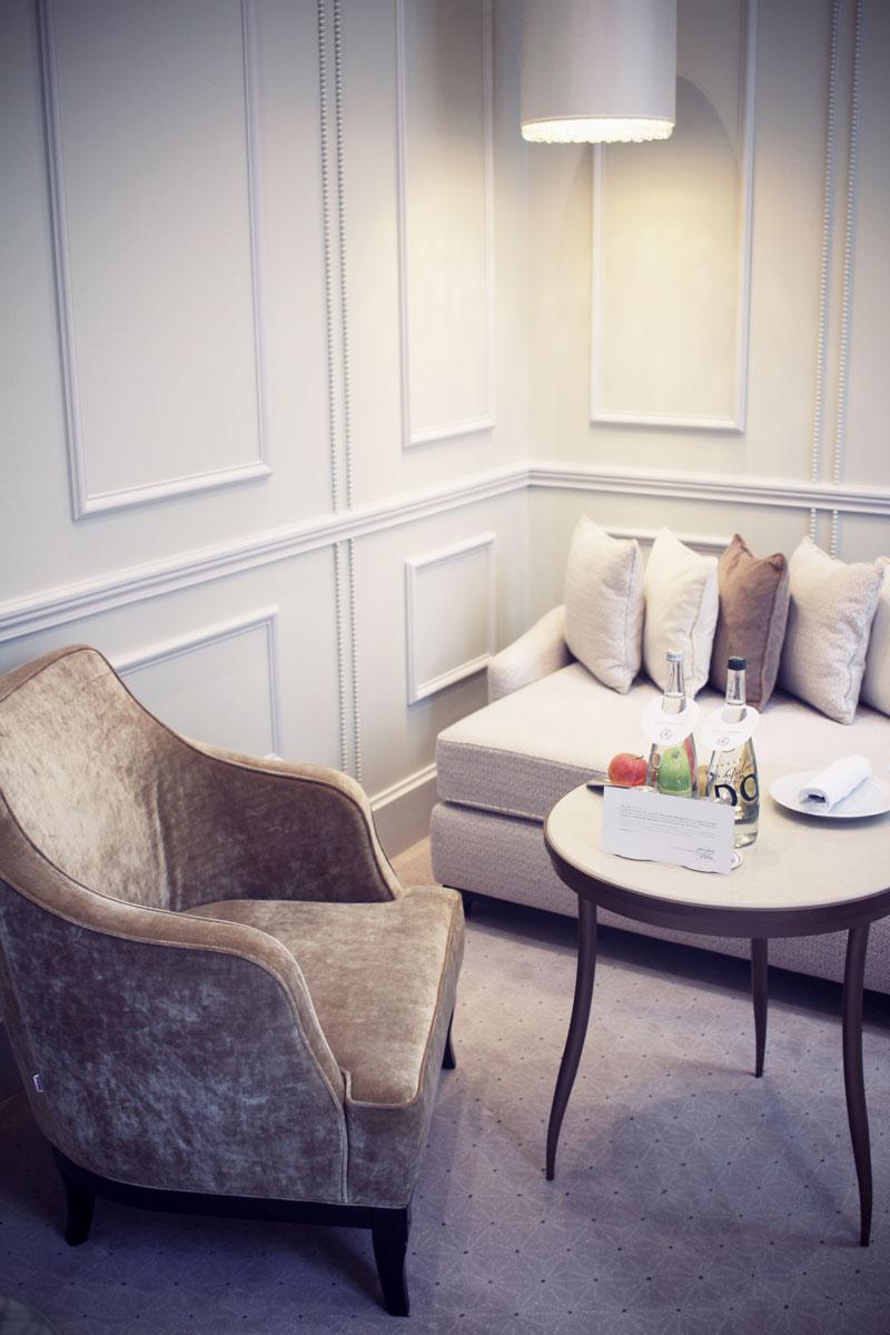 le-narcisse-blanc-hotel-paris-05