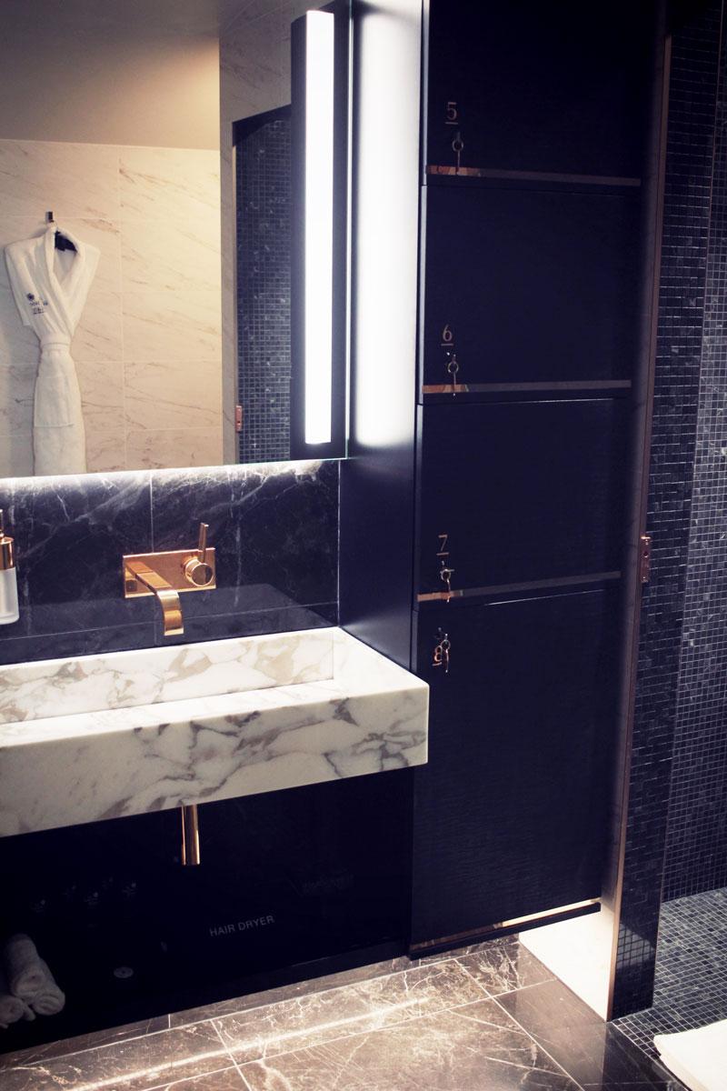 le-narcisse-blanc-hotel-paris-26