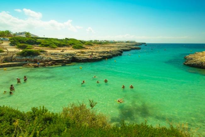 look-voyages-espagne-minorque-lookea-menorca-resort-plage-mer