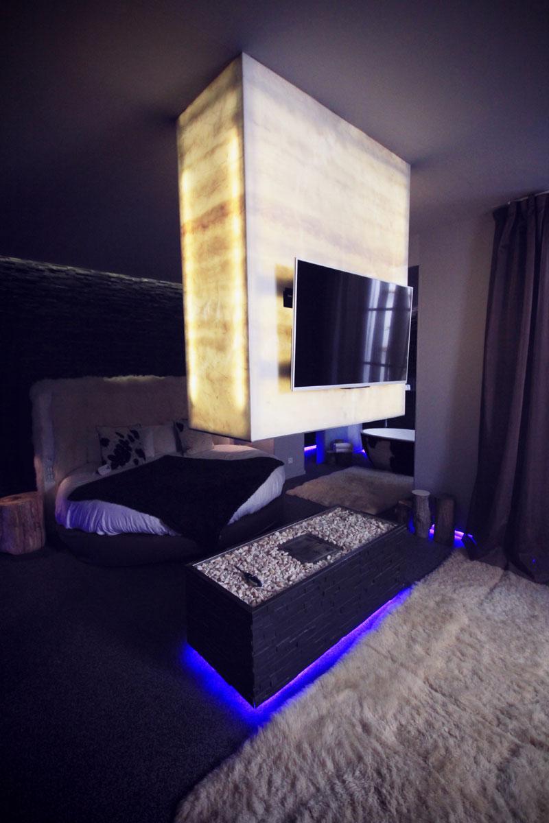 o dormir paris suite lovez vous du seven h tel happy city. Black Bedroom Furniture Sets. Home Design Ideas